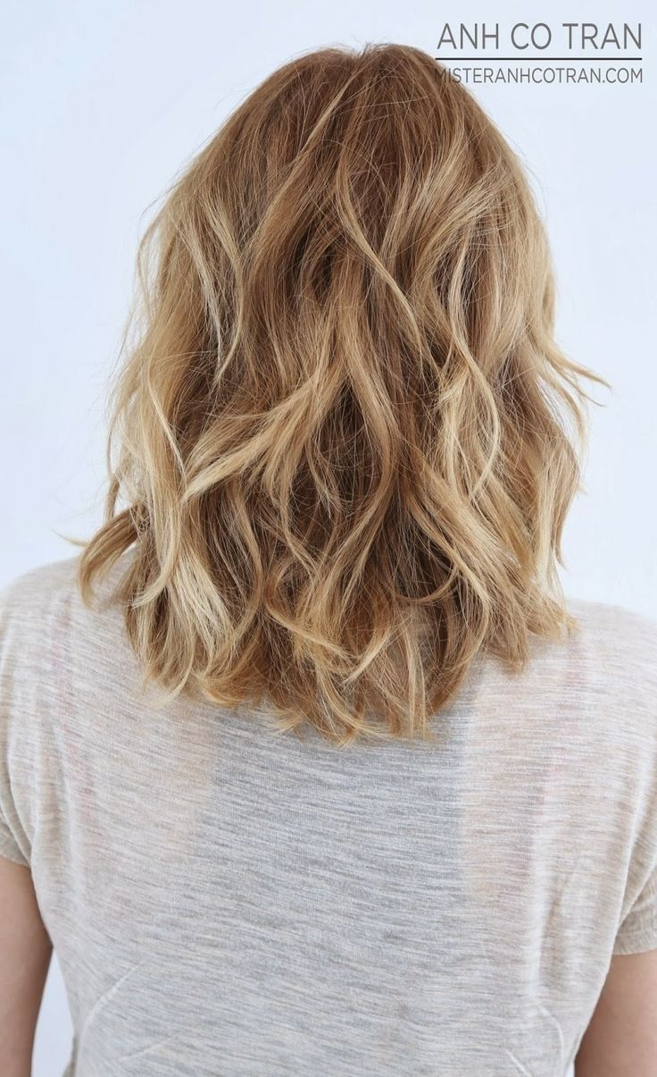 black and blonde short hairstyles