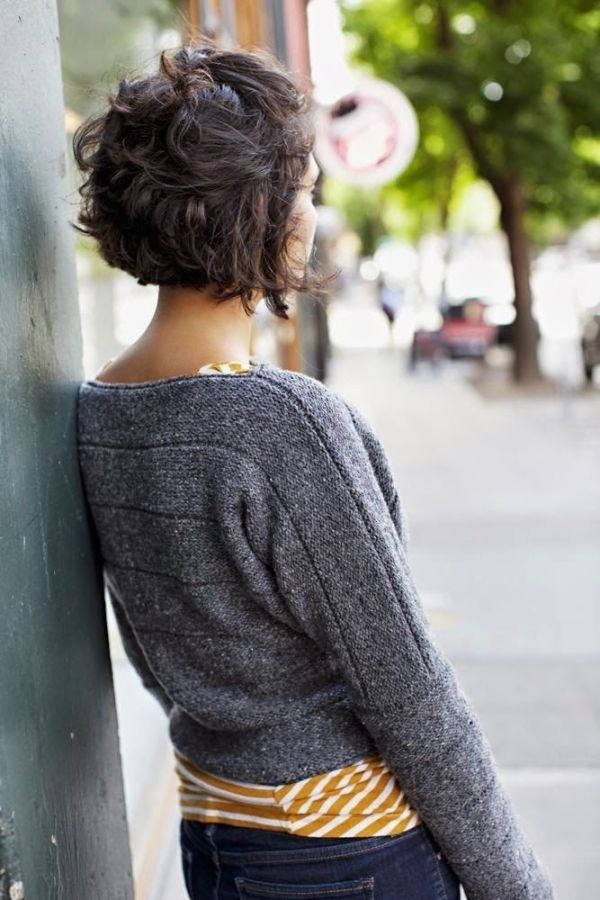 Short-Hairstyles-For-Womens