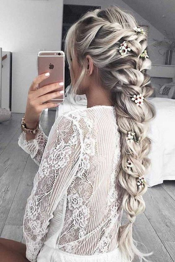 Messy Loose Boho Ponytail Hairstyles